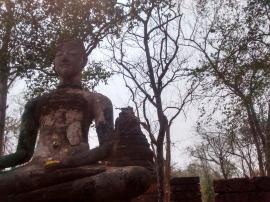Buddha figure Wat Khao Phnom Pleung